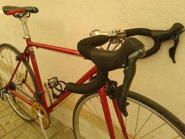Продам шоссейный велосипед.Вес 10кгШоссер собирался для себя
