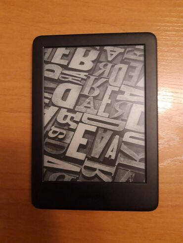 Amazon Kindle 10th Generation - Elektron kitab