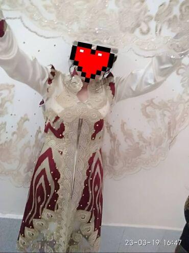 Детская одежда и обувь - Кыргызстан: Продаю национальное свадебное платье 48 размера. Все вопросы по