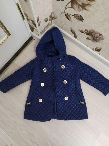Деми куртка на девочку, на 2-3 года