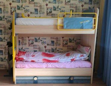 Кровать 2х ярусная с двумя матрасами и с чехлами в Бишкек