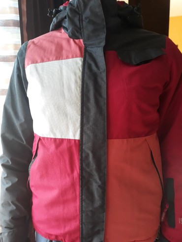 Zimska zenska jaknica za devojcice,velicina br.10 - Uzice