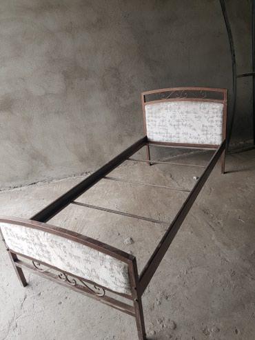 Кровать железная, односпальная, с в Шопоков
