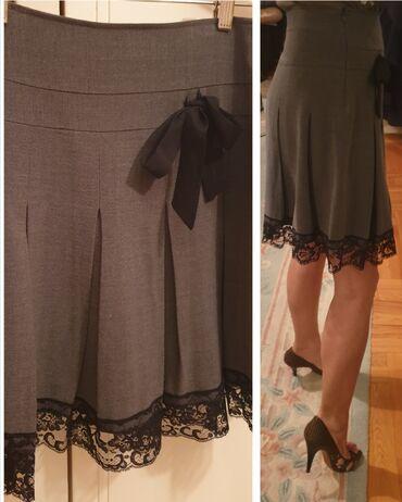 Siva suknja - Srbija: Poslovna suknja od stofa, siva, plisirana, sa faltama, do kolena