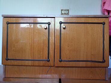 шифоньер бишкек in Кыргызстан | ШКАФТАР, ШИФОНЬЕРЛЕР: Продаю в хорошем состоянииШкафчики 3шт. Подойдёт для хранения посуды