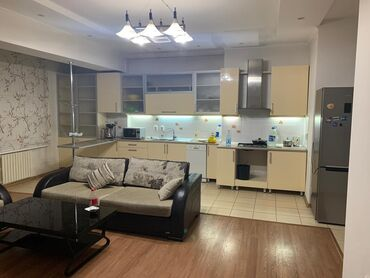 Продается квартира: 4 комнаты, 178 кв. м