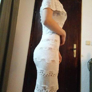 Haljine   Vrnjacka Banja: Pletena haljina od elasticnog konca bele boje rucni rad