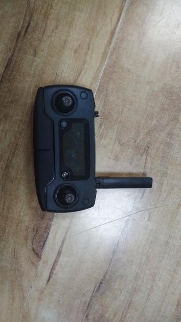Видеокамеры - Кыргызстан: Пульт от Mavic Pro. Все работает