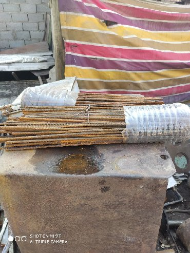 уголки трубы арматура в Кыргызстан: Арматура диаметр10мм длина 60-65см