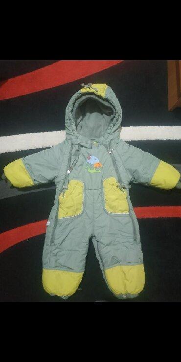 детские комбинезоны на 3 года в Кыргызстан: Детский комбинезон,зимний,состояние отличное! внутри флисовый,примерно