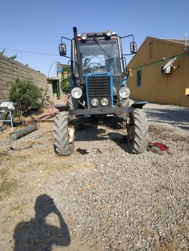 Bakı şəhərində Traktor satulir saz vezyetde tecili olaraq pul lazim oldugucun satilir