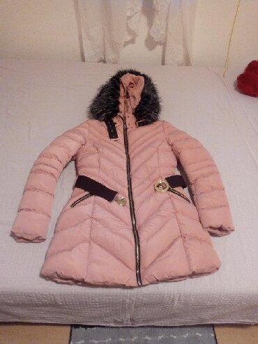 Dugacka jakna S velicine svetlo roze boje kao nova je neostecena sa - Indija