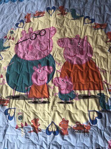 Kreveti-na-sprat - Srbija: Pepa prase prekrivac za deciji krevet. U odlicnom stanju, kao nov