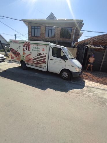 Транспорт - Манас: Срочно продаю спринтер морозильник (рефрежирптор)