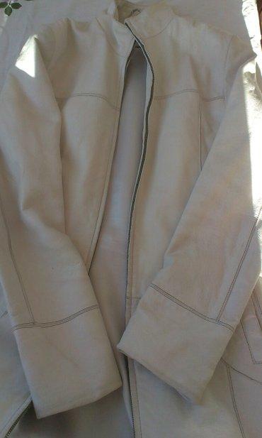 Mantil-do-kozni - Srbija: Kozni mantil, vel. 38. Prava koza, beli, duzina do kolena za visinu
