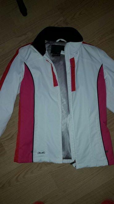 Zimska jakna... Bez ijednog ostecenja... Malo nosena - Kragujevac
