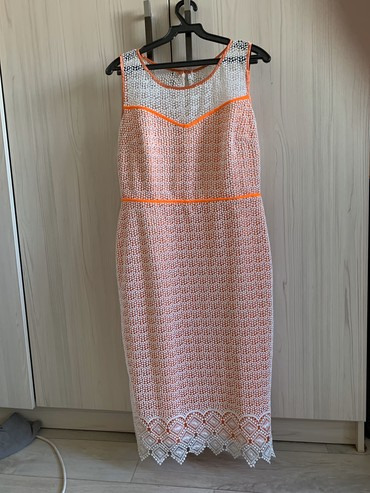Платья и разная одежда б/у и новая