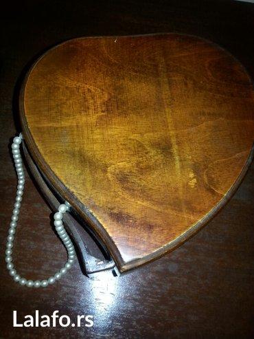 Drvena kutija srce kupljena u italy-nova - Crvenka