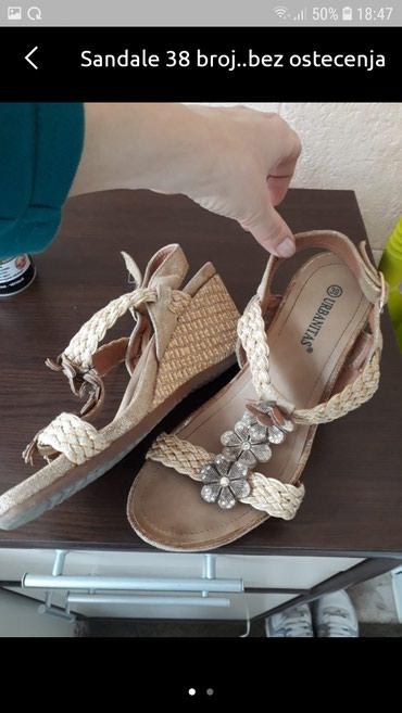 Sandale 38 br.. - Pancevo