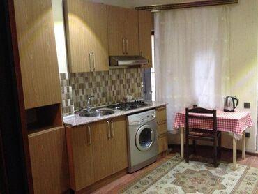 Mənzil kirayə götürürəm - Azərbaycan: Tarqovuda merkezi kuçede Pasa Bankin yaninda 3 mertebeli binanin 1-ci