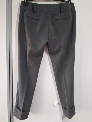 Pantalone nove Broj 46