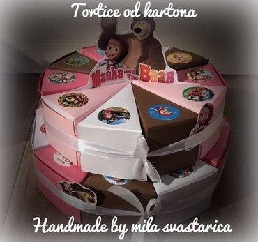 Torta od kartonatortice od kartona, vi birate broj parcica, boju i