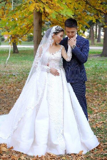 Продается нежное, излучающее счастье, свадебное платье от дизайнера