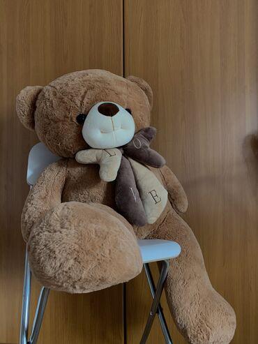 Plišani meda  Plišani medved, visina 100cm, tezina 4,5kg