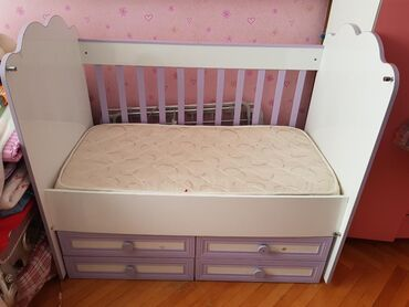 Belise uşaq yatağı. 5 yaşına kimi uşaqlar üçün uyğundur. Matras ilə