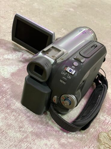 panasonic nv gs60 в Азербайджан: Videocamera Panasonic NV-GS85EE-S.Islenmisdir.Yaxsi veziyetdedir.USB