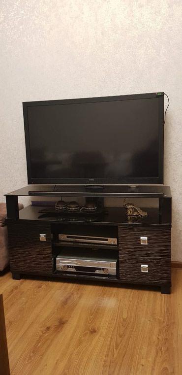 Bakı şəhərində Televizor alt satılır ela veziyede baxımlı qalıb hundurluyu 62