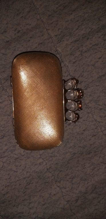 Zenska SREBRNA torbica sa metalnim otvorima za prste! - Cacak