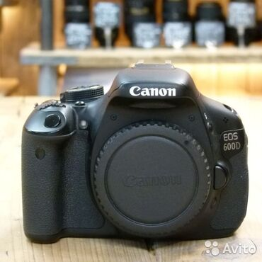 Тушка(body) Canon 600d, состояние отличное, в комплекте сумка