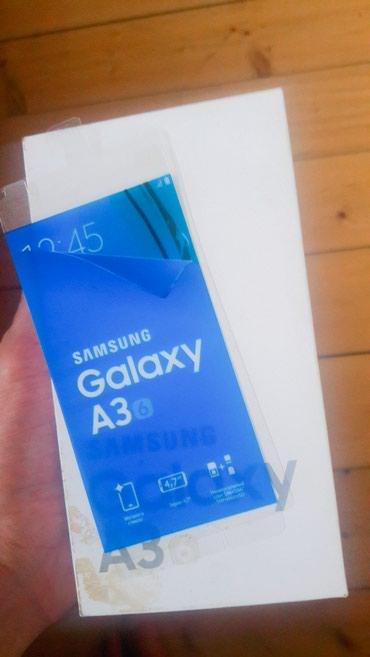 Bakı şəhərində Samsung a3 2016 telefon super vezyetdedi...her bir aksesuari var