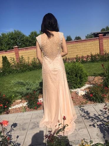 Продаю шикарное платье,покупала в в Бишкек