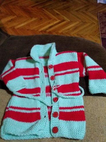 Ostala dečija odeća | Kovin: Rucni rad,štrikani džemperi,poloveri,jaknice za bebe do godinu
