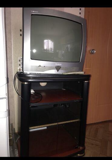 Тумбы - Кыргызстан: Продаю ТВ и тумбу, в хорошем состоянии. Тв работает отлично, есть