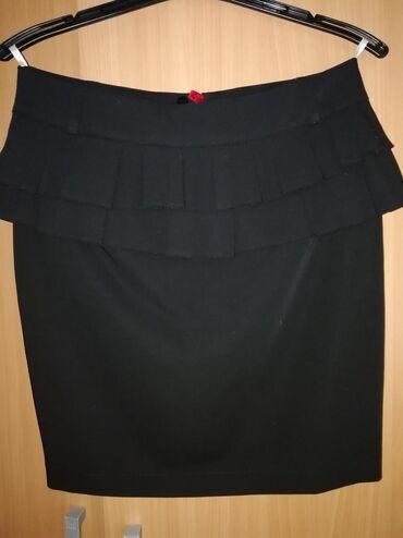 Svečana suknja, jednom nošene, perfektna