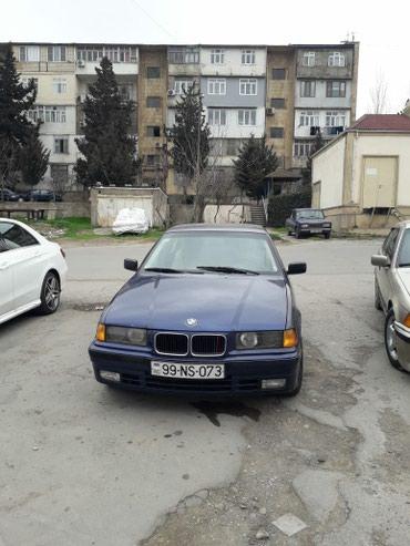 Bakı şəhərində BMW 318 1991
