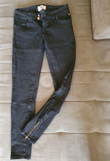 Crne farmerke - Srbija: Ltb farmericr, crne boje, nosene par puta, kmaju malo elastina