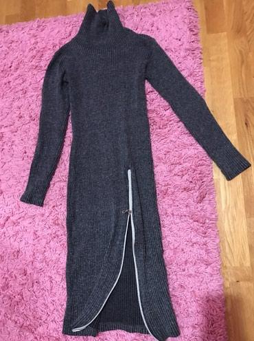 Haljina-duzina-cm - Srbija: Lepa siva haljina sa rajfeslusom uz telo lepo stoji duzina oko 92 cm