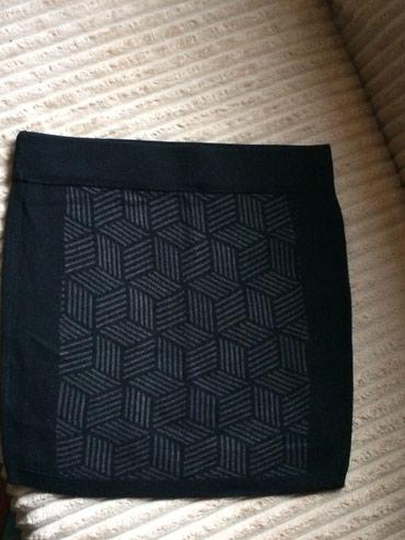 Duboka suknja crna sa sarama c&a velicina l - Paracin