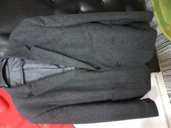 Ekstra vrlo lep sako za svaku priliku,sirina ramena49, duzina