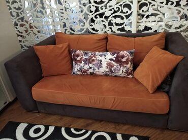 Embavud divani