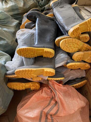 Резиновые сапоги - Кыргызстан: Резиновые сапоги отличного качества.все размеры есть