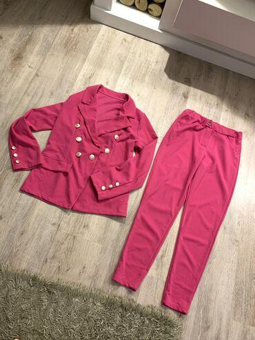 Nov pink kompetic, jako pink boje, zbog svetla je ispalo bledje, s/m