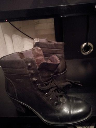 Продам новые кожаные ботильоны на каблуке, 40-41 размера, покупалось в