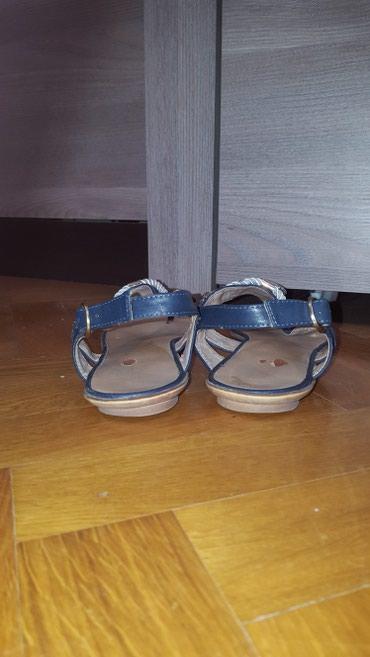 Lepa zenska sandala. ocuvana. Broj 40, gaziste 25cm. - Vrsac - slika 4
