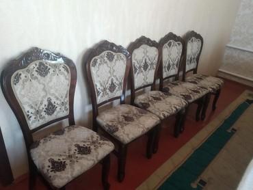 Продаю стулья в хорошем состоянии имеется 18 стульев в Бишкек