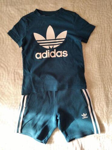 Adidas βαμβακερό σύνολο σε άριστη κατασταση για παιδάκι 6-6μιση